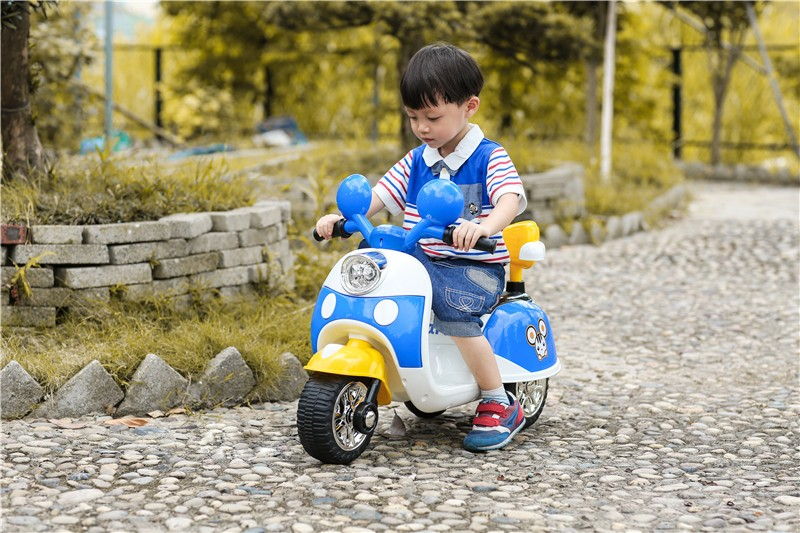 Newest kids outdoor battery operated ride on mini motorcycle