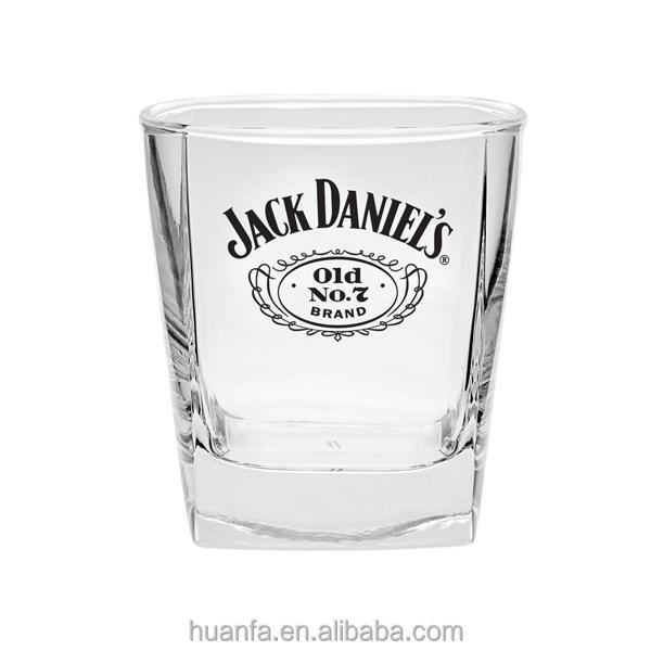 2015 vente jack daniels whiskey lunettes ensemble de 2 collection verre tiquette noire lunettes. Black Bedroom Furniture Sets. Home Design Ideas