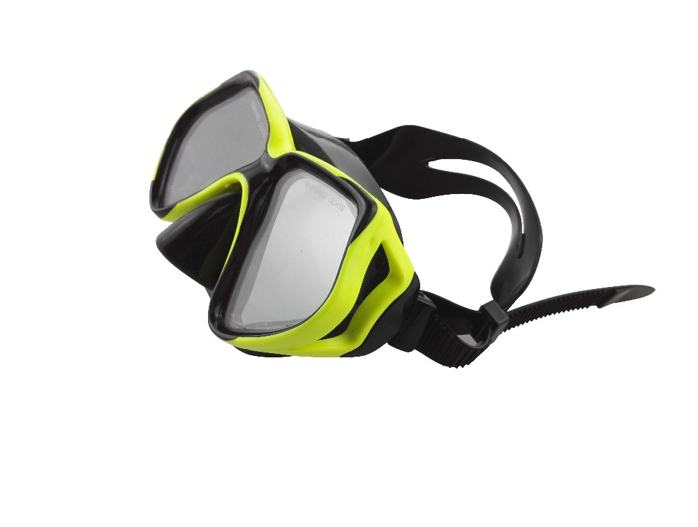 Good quality adult diving mask and snorkel set