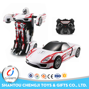 New hot selling wholesale 2.4G rc change car fight tin robot for sale