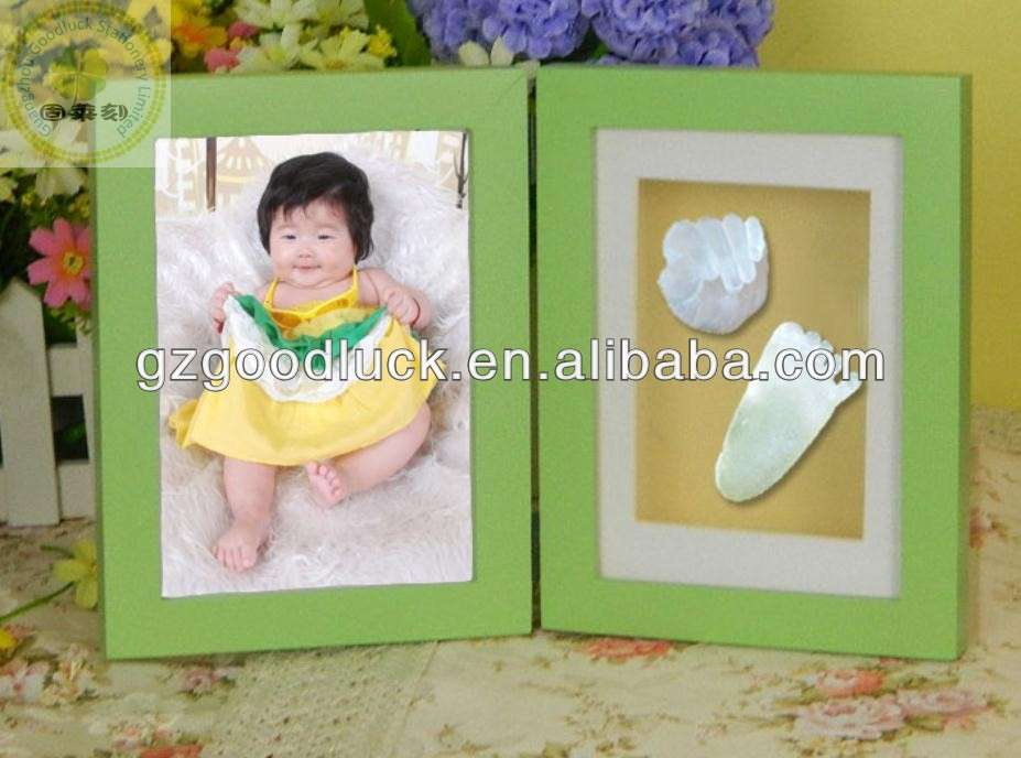 BabyPrints - Photo and Baby Footprint Desktop Frame (Green)