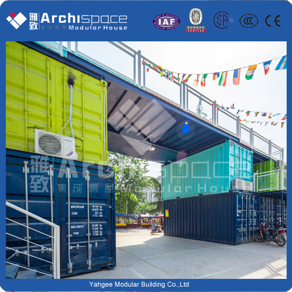 house containerwith modular containers for living