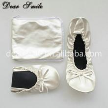 Nice perfect flexible flats women cheap wholesale folding ballerina sheos in China