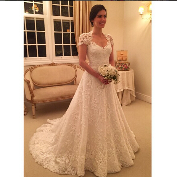 Simple Long A Line Cap Sleeve Train Lace Wedding Dresses: Elgant A Line Wedding Dress 2016 V Neck Short Sleeves Lace