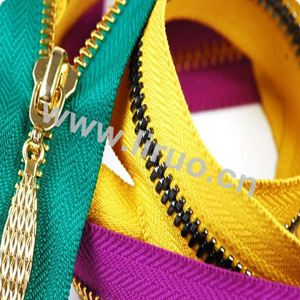 Colorful No.3 Gold Metal Zipper With Brass Teeth