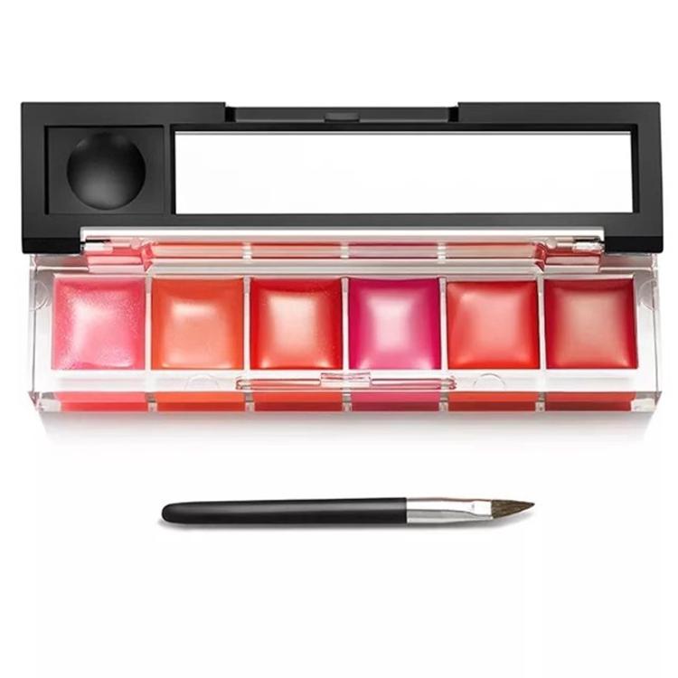 Verschiedene Farben des Mattes Lippenstift-Eigenmarken-Lippenstiftinstallationssatzes