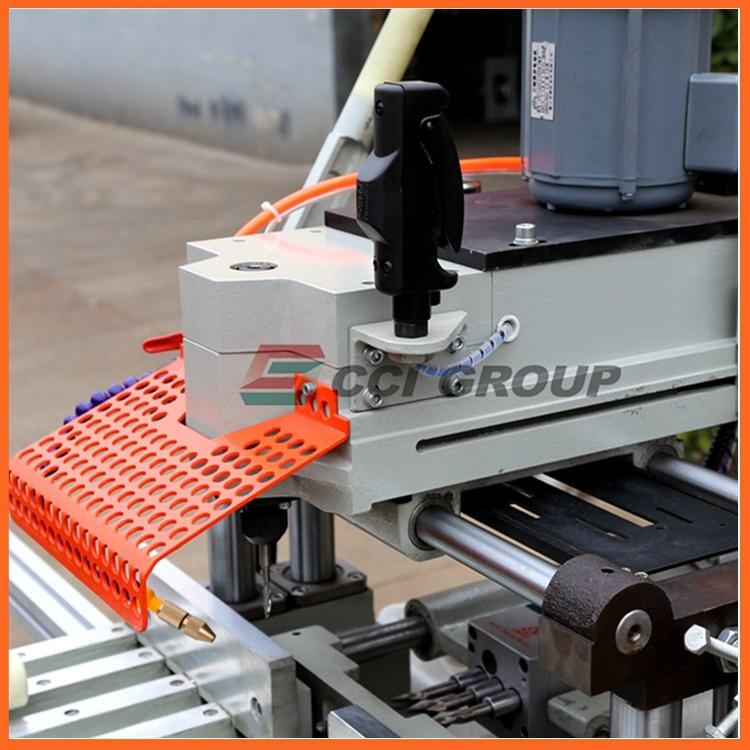 8.SSKC03-100 upvc window making machine