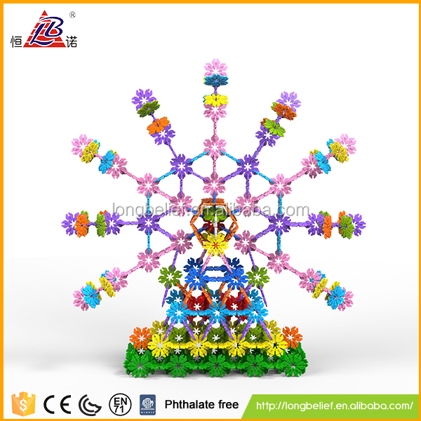 500pcs colorful non-toxic snowflake 3D plastic puzzles building blocks toy