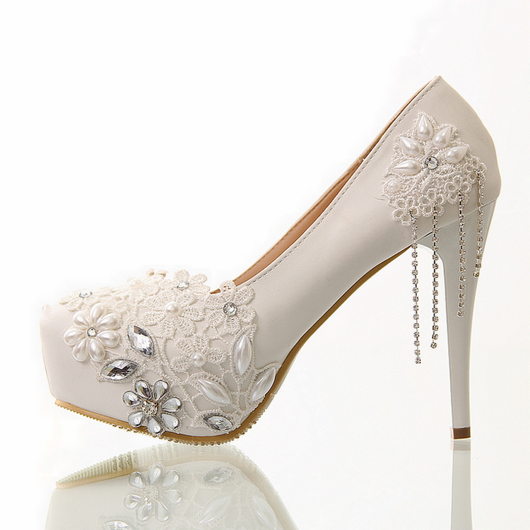 7b21ed7eb0b4e9 Buy White lace wedding shoes platform flower bride shoes genuine leather  single tassel high heels platform Pumps shoes in Cheap Price on  m.alibaba.com