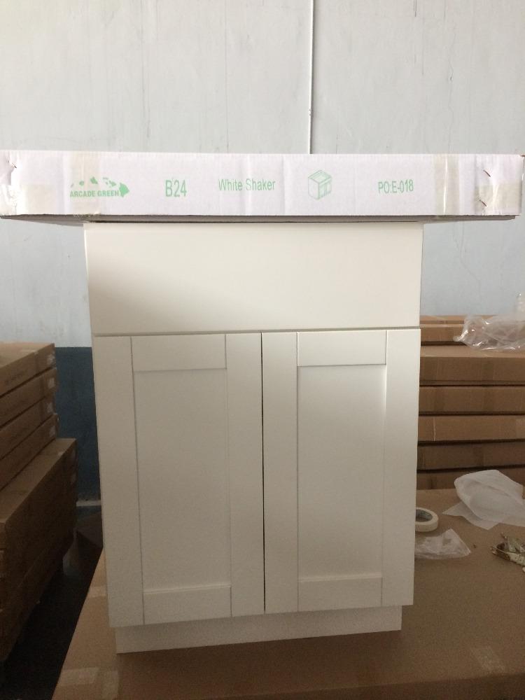 Venta al por mayor lacado blanco puertas de la cocina del gabinete ...