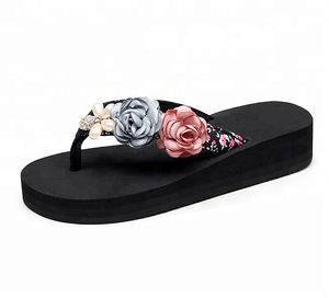 632381f37455 Flower Pearls Flip Flop Wide Strap Thong Women Beach Slide Flat Sandal  Platform Bohemian Slide Sandal