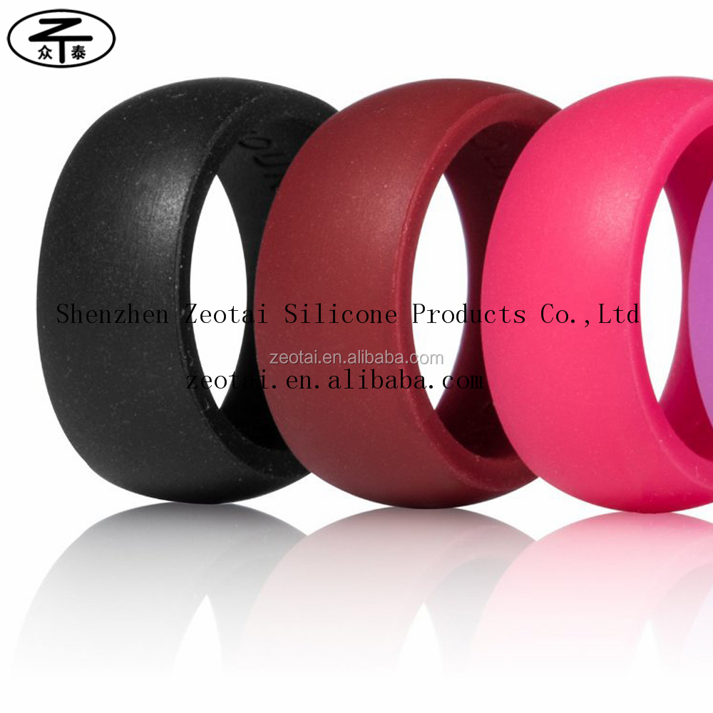 Hot sale high quanlity colorful rubber embossed silicone wedding rings for sports, parties