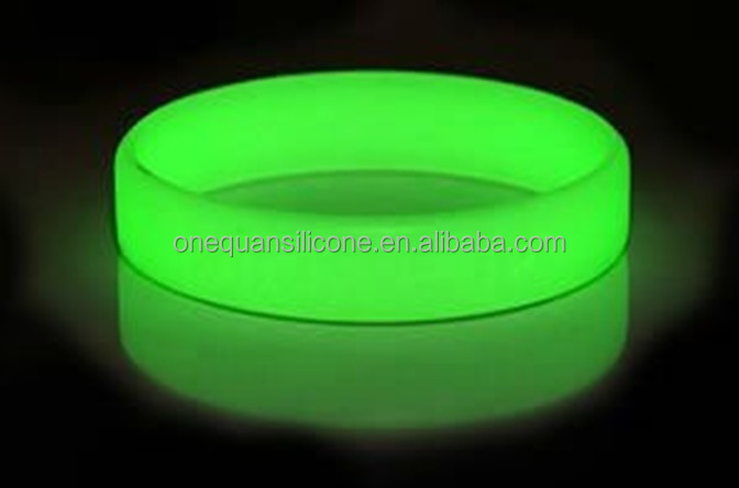 Factory Direct Eco Friendly Silicone Fluorescent Rubber Bracelet Glow In The Dark