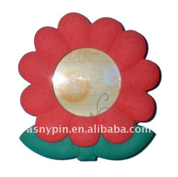 11cc15b3db4 Flower Shaped Picture Frame