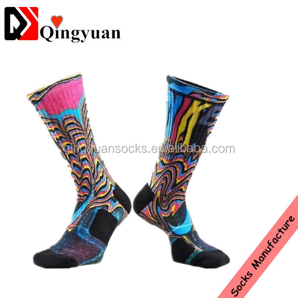 Custom Design OEM Style Men Fashion Socks Wholesale Sublimation Digital Print Socks
