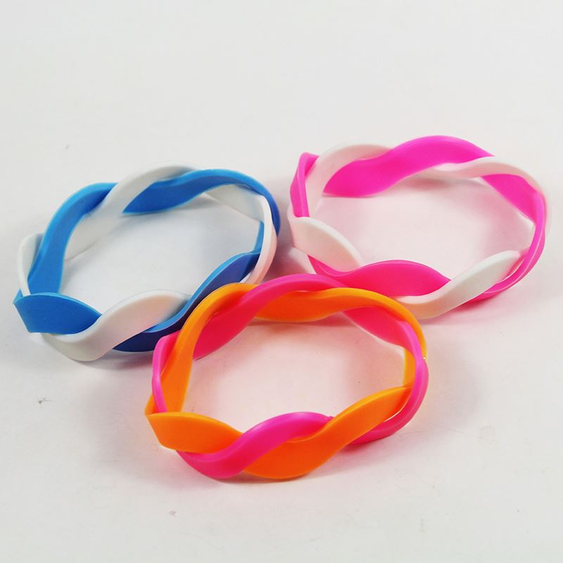 Top fashion attractive style pure silicone arm band