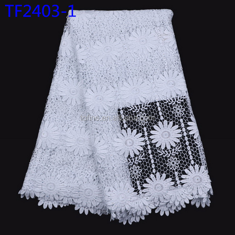 White cord lace fabric Lovely fashion design guipure lace fabric with flower pattern for making women dress