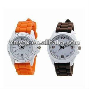 Latest silicone wrist watches for lovers ,couples or friends