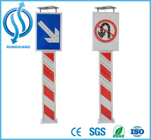 High Quality and Reflective Aluminum Alloy Solar LED Sign Bollard Solar LED Traffic Warning Post