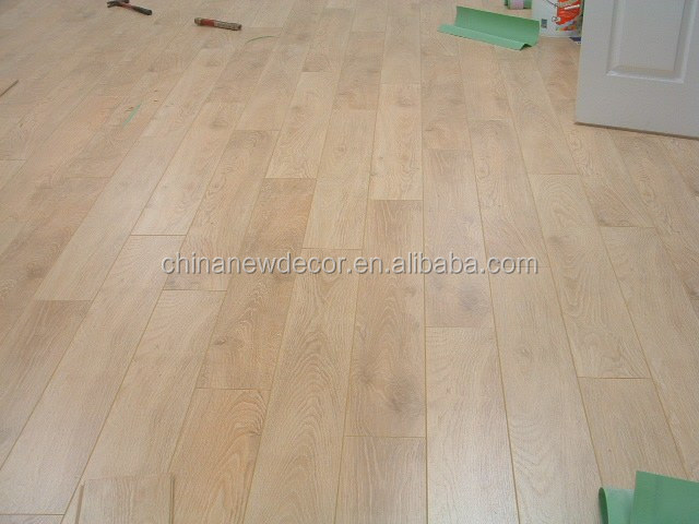 nature oak color embossed laminate flooring 12mm