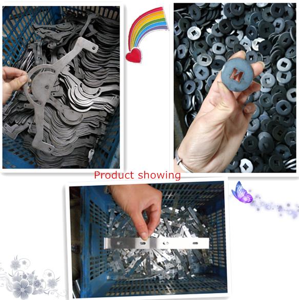 Özelleştirilmiş siyah kaplama yay çeliği yapılan metal yay kemer klipsi