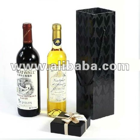 Elegant wine packaging box