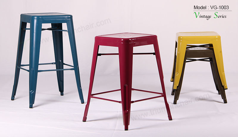 Triumph antique High Bar stool / restaurand stool / metal desk
