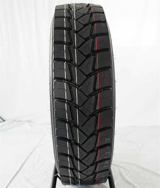 China drive 13R22.5 and 12.00R20 truck <strong>tyre</strong> with high quality