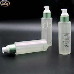 PET plastic lotion bottle with golden pump