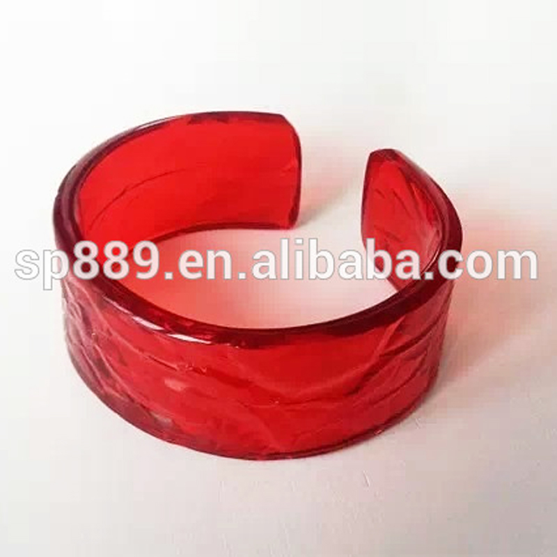 Factory supply clear red resin bracelets transparent bangles in cheap price antiquated bracelets