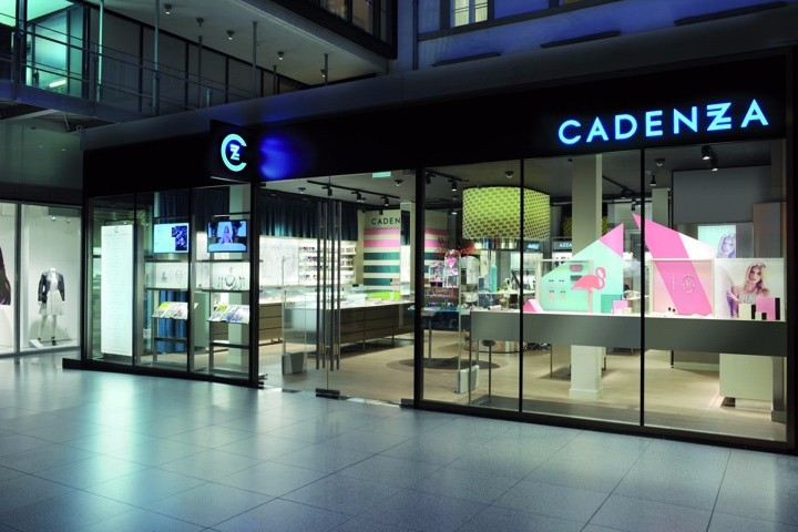 Cadenzza-Concept-Store-by-DFROST-Innsbruck-Austria.jpg