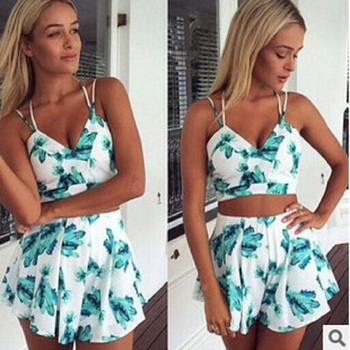 273d3980179 Womens New Cute Floral Print Short Sleeve Summer Casual Party Crop Top and Shorts  Set 2