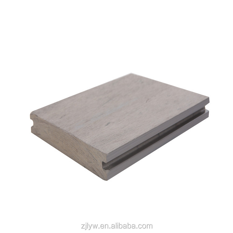 China Factory wholesale fashion style indoor composite flooring