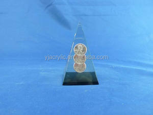 custom clear plastic acrylic pyramid with coin