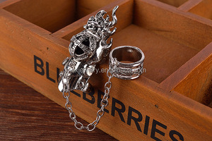 Japanese Comic and Animation anime peripheral accessories double loop link chain finger knuckle ring with sapphire stone
