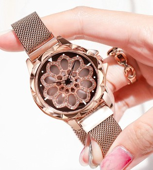 Rotating Watch Display Women Top Brand Luxury Fashion Diamond Gold Ladies Watches Female Magnetic Watches