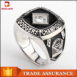 Fashion customized OEM jewelry engraved sport champion rings 925 silver championship rings for men