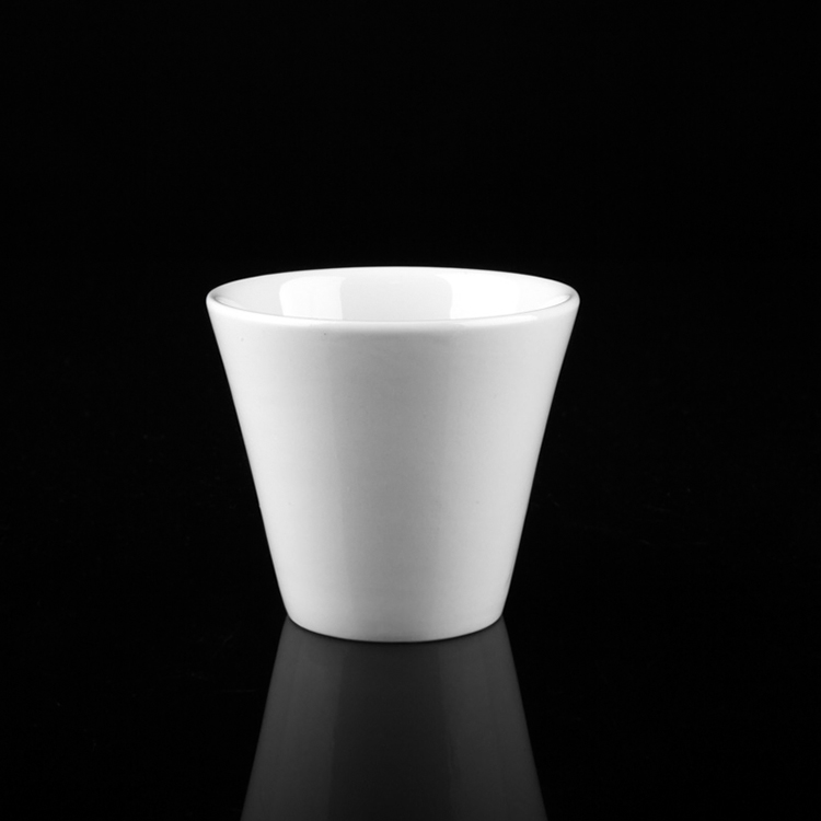 Japanese type white porcelain coffee tea cup