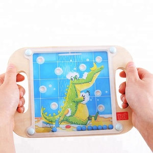TOI Board Game Crocodile Educational Wooden Kids Toy Game For Children