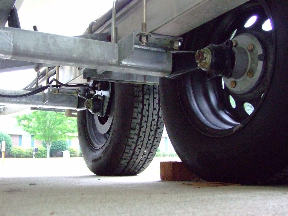 how to adjust electric brakes on travel trailer