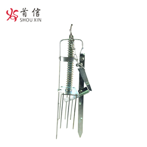 Home Gardent Metal Plunger Mole Trap