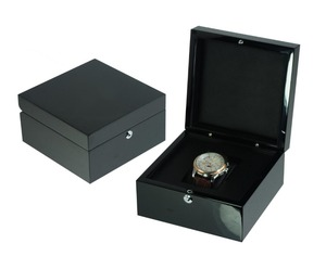 Gift Box Packaging Black Piano Finish Single Wooden Watch Box Available