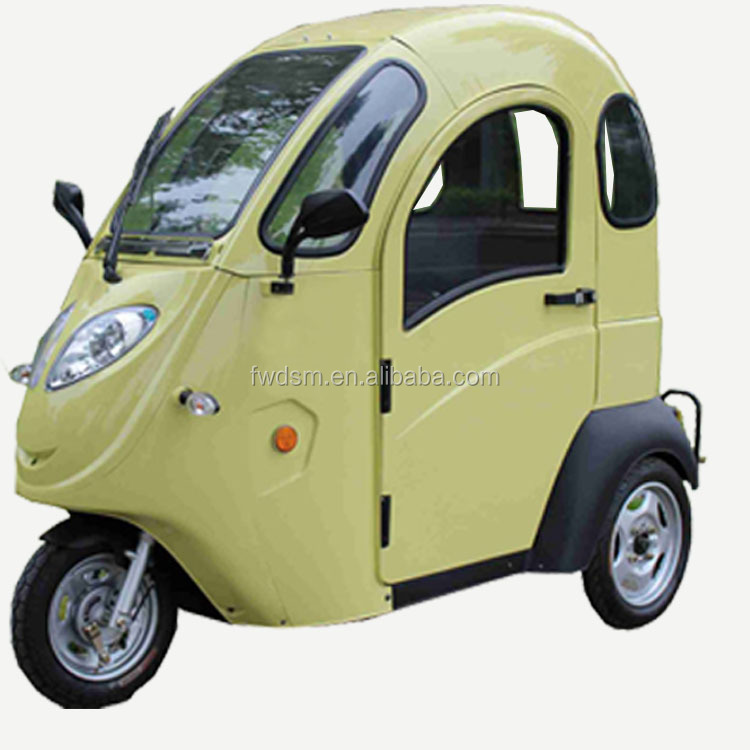Enclosed Cabine Electric Scooter Three Wheeler
