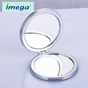 Customized cheap price round plastic metal make-up makeup pocket vanity cosmetic whistling custom compact mirror