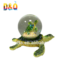 Resin Seaturtle with waterglobe of 45mm Green Sea turtle