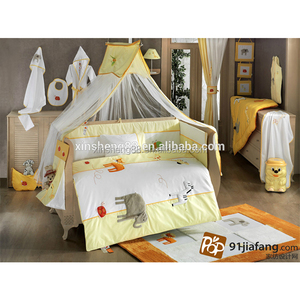 High quality soft Embroidery Crib beding set
