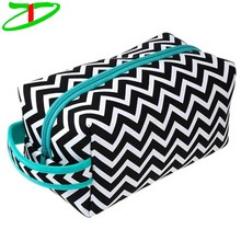 Top Fashional Waterproof Neoprene Chevron Cosmetic Bag