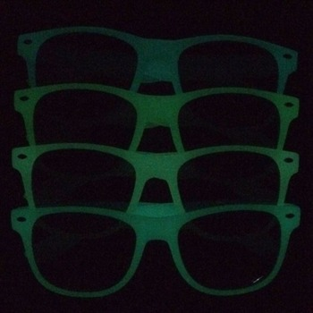factory custom made glowing sunglasses by absorbing the sun