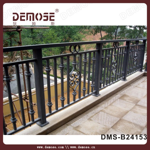 Prefab Homes Low Iron Stair Handrail Wrought Iron Railings