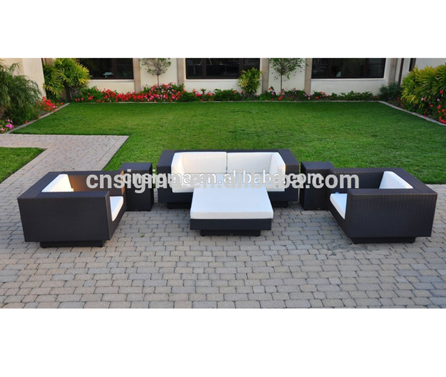 2018 Classic design patio furniture rattan sofa set with two side tables